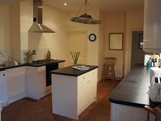 WESTLAND, open plan living, terrace, barbecue, garage/forecourt parking