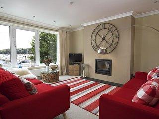 NORMANDY WATCH, estuary views, central Salcombe, terrace balcony, beaches nearby