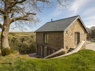 THE BOTHY, terrace/balcony, countryside views, barn conversion, contemporary int