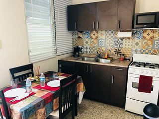 Nice apartment with patio, laundry and BBQ