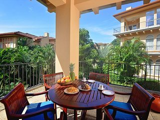 Luxurious Condo, located close to the Beach Club! 15% off for the Holidays!