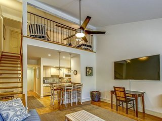 1671 Bluff Villa - 1 Bedroom Loft townhouse