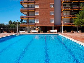 Duplex Apartment, 20 M Beach