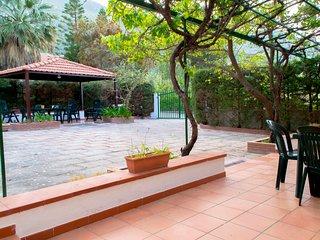 Villa Cala Azzurra - Zingaro - 200 metri dal mare - 11 persone in 2 appartamenti