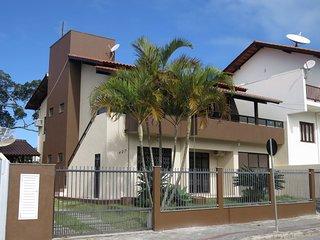 Codigo 3001 - Apto 2 quartos em Bombinhas