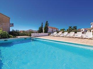 4 bedroom Villa in Novalja, Licko-Senjska Zupanija, Croatia : ref 5571533