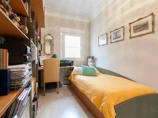 Cómoda habitación individual luminosa y silenciosa