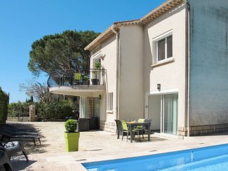 2 bedroom Apartment in Les Playes, Provence-Alpes-Côte d'Azur, France : ref 5607