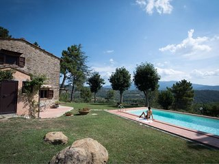 2 bedroom Villa in Bibbiano, Tuscany, Italy : ref 5621527