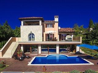 3 bedroom Villa in Buzet, Istarska Županija, Croatia : ref 5426528