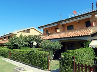 2 bedroom Apartment in Marina di Castagneto Carducci, Tuscany, Italy : ref 56846