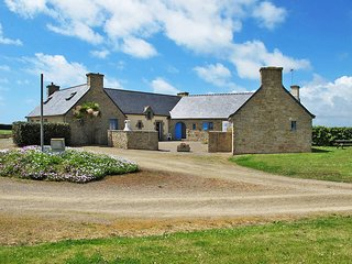 2 bedroom Villa in Plovan, Brittany, France : ref 5438373