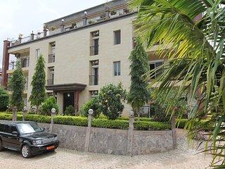Residence MASSOU _ MOSSI, Quartier BASTOS-GOLF