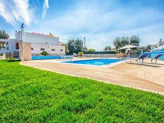 4 bedroom Villa in Fumarola, Apulia, Italy : ref 5569798