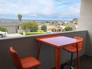 Seaside 3BDS/1Bth Home with Fantastic Ocean View