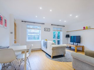 Lovely Design House E14 - Canary Wharf/Greenwich/London