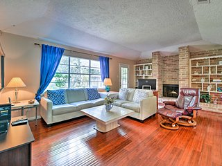 NEW! Chic Houston Home by DT, Galleria, Med Center