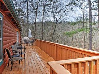 Authentic Creekside Log Cabin w/ Decks in Ellijay!