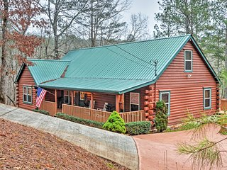 Authentic Creekside Log Cabin w/ Decks in Ellijay!