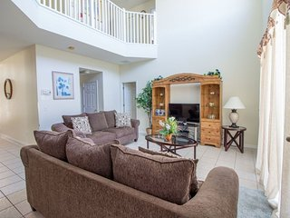 Spacious 7 Bed Home in Kissimmee