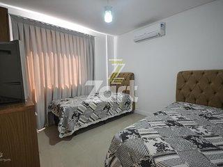 Apartamento com excelente custo-benefício, próximo a Praia de Mariscal Ipê-b 103