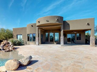 Secluded oasis w/ pool, hot tub, roof deck, outdoor kitchen, firepit & views!