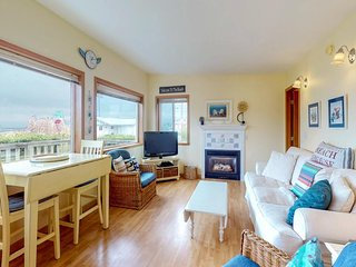 NEW LISTING! Gorgeous dog-friendly cottage one block to the beach