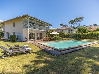 Magnifique villa avec piscine | Club de golf de Moliets et plage!