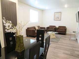 2 Bed/2 Bath Elegantly Styled w/ Large Suede Sofa (F30)