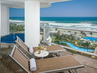 Pampering and Affordable Luxury - Heaven on the Beach