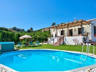 Villa Geranium, Preciosa Villa con Piscina