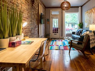Remodeled Row Home, Baker Flats