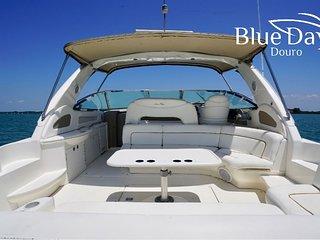 Boat blue days
