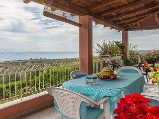Relaxing Mansion, Enchanting Seaview