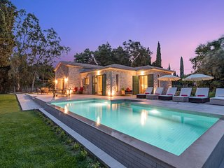 Astarte Villas - Laalu Luxurious Private Villa