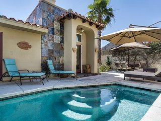 La Quinta Cove 2BR/2BA Pool/ Jacuzzi and Patio Near Old Town & Dining