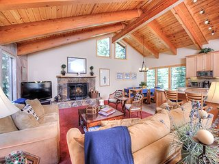 Upscale 3BR/3BA at Northstar Resort w/ Pool, Hot Tub, Tennis, Golf & Skiing