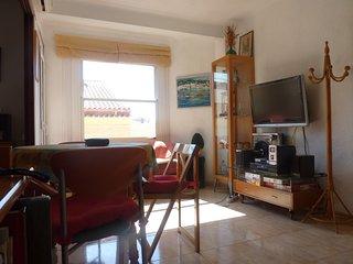Apartamento (wifi,aire Acondicionado)a 150 metro playa