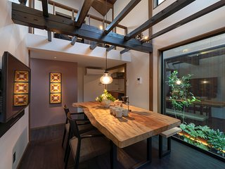 NEW! Traditional, Luxury Machiya x Modern Kitchen + Bathroom x WiFi x Garden