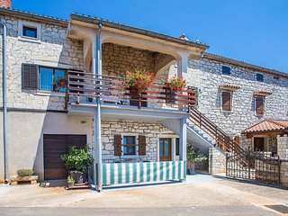 1 bedroom Villa in Veleniki, Istria, Croatia : ref 5647870