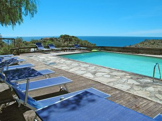 2 bedroom Apartment in Pantai, Liguria, Italy : ref 5655379