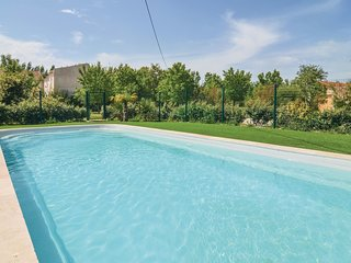 2 bedroom Villa in Petit Mas d'Avignon, France - 5678283