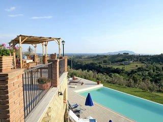 3 bedroom Apartment in Collepietro, Latium, Italy : ref 5642535