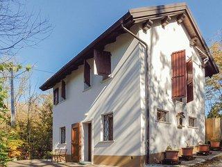1 bedroom Villa in Puos d'Alpago, Veneto, Italy : ref 5576709