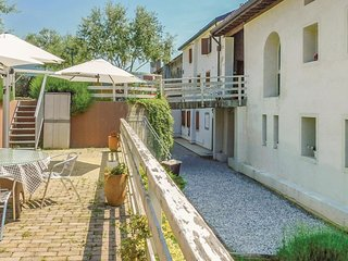 2 bedroom Apartment in Case Nadal, Veneto, Italy : ref 5575330