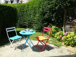 1 bedroom Apartment in Trouville-sur-Mer, Normandy, France : ref 5559192