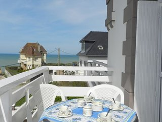 2 bedroom Apartment in Mesnil-Val-Plage, Normandy, France - 5637468