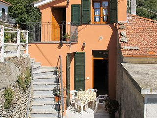 1 bedroom Apartment in Nasino, Liguria, Italy : ref 5655380