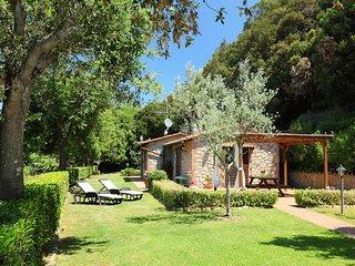 2 bedroom Villa in Il Poggiolo, Tuscany, Italy : ref 5559267