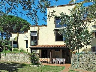 2 bedroom Apartment in Finale Ligure, Liguria, Italy : ref 5656279